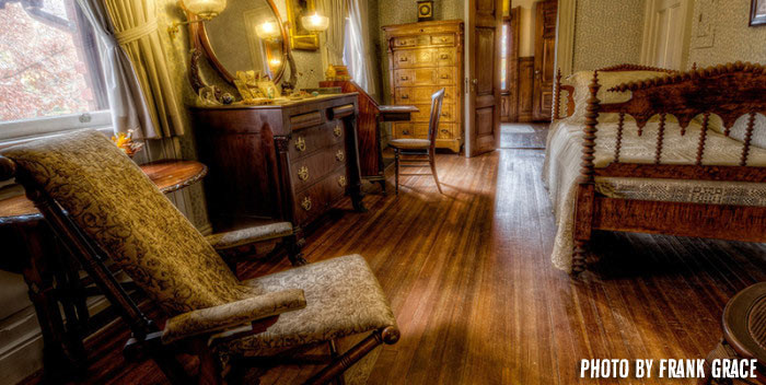 Mark Twain House Bedroom by Frank Grace