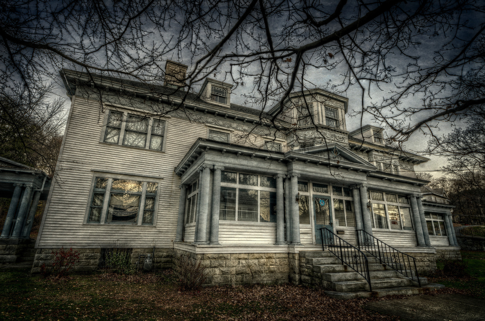 Houghton Mansion by Frank Grace